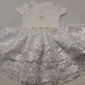 Other - Baby girl skirt and onesie